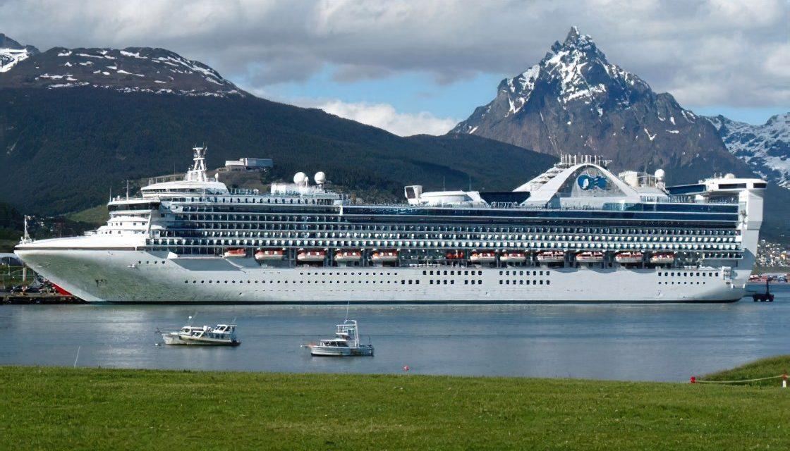 Temporada de cruceros antárticos: Avanzan los trabajos sobre protocolos para lograr un puerto seguro