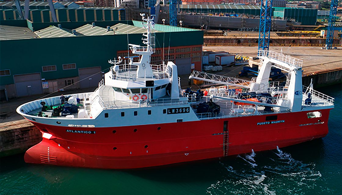 Autoridades de Chubut preocupadas por contagios en los buques pesqueros