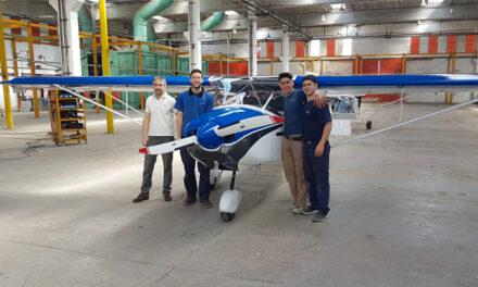 Desesperado pedido de una fábrica de aviones al Gobierno para evitar el cierre