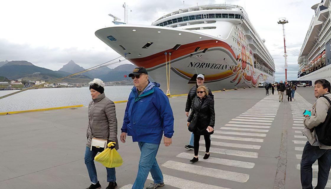 Protocolo con vuelos encapsulados para turistas que vayan a la Antártida