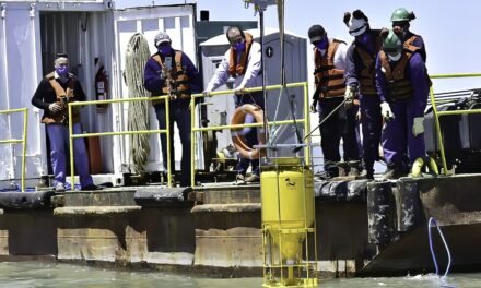 El Puerto de Bahia Blanca instaló una boya de monitoreo ambiental