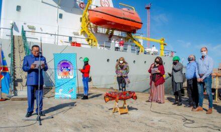 En Tandanor:   Ceremonia de entrega de la Draga Manzanillo II