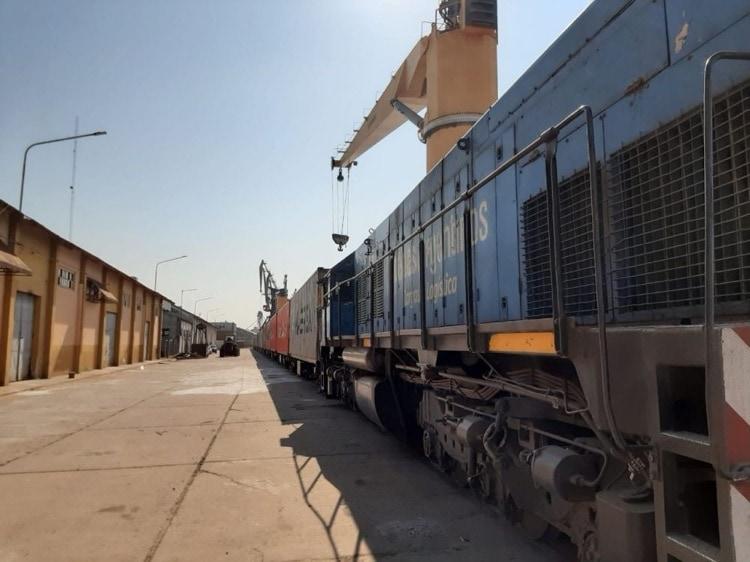 Puerto Barranqueras exportó 10 mil toneladas de carbón vegetal a Italia