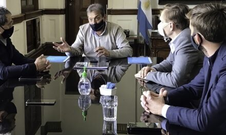 Trenes Argentinos Capital Humano firmó un acuerdo con la Unión Ferroviaria y TMH Argentina