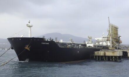Aprueban el plan de la ONU para evaluar el petrolero en descomposición frente a Yemen
