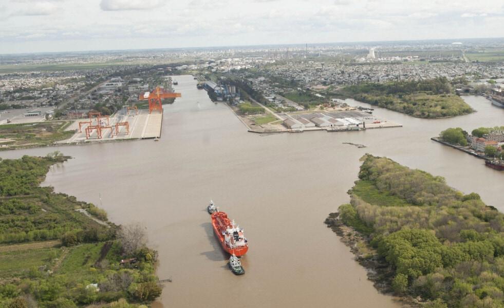 """Wasiejko destaca el apoyo a la construcción del Canal Magdalena en el encuentro """"por la soberanía de la Cuenca del Plata"""""""