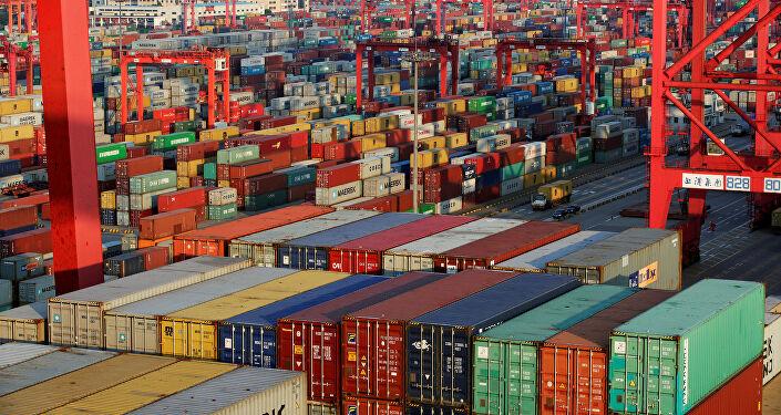 Se profundiza el atasco mundial de carga