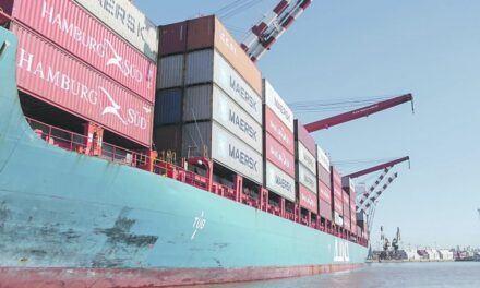 El comercio exterior en Latinoamérica cae un 13%; China evita que sea mayor