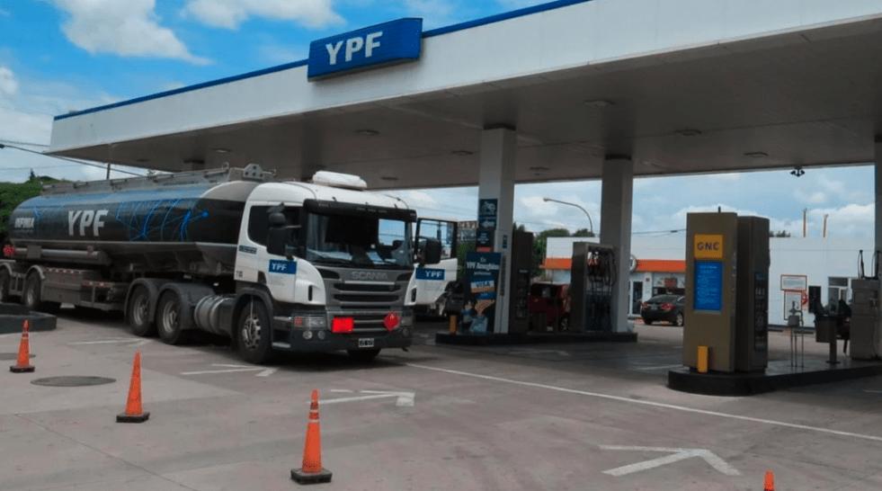 Los costos del transporte de cargas aumentaron casi un 5% en enero, impulsados por la suba del combustible