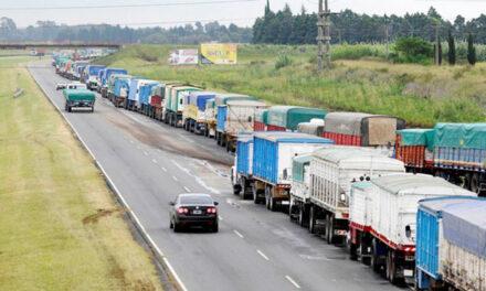 Las cadenas productivas solicitaron al Estado que tome medidas ante el paro de transporte