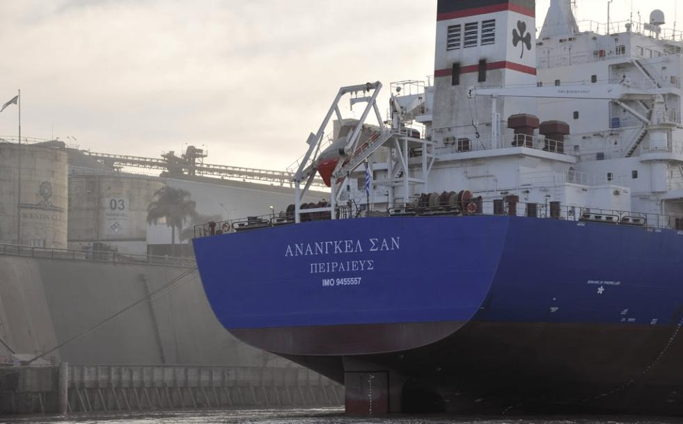 En Santa Fe hay leyes para el control de embarcados