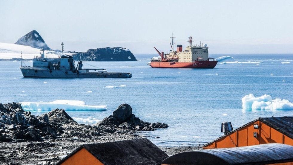 """El rompehielos """"Almirante Irízar"""" concluyó la campaña antártica y está de regreso en Ushuaia"""