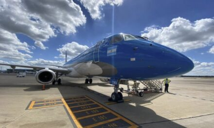 Parte hacia China un nuevo vuelo de Aerolíneas Argentinas para traer dosis de Sinopharm