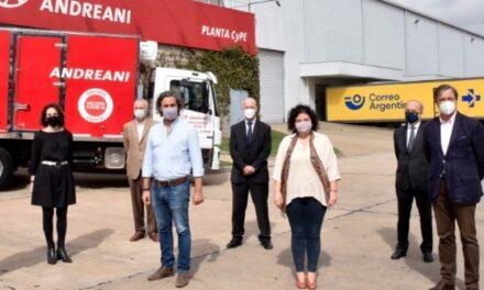 Cafiero y Vizzotti supervisaron la recepción de vacunas en el centro logístico de Benavídez