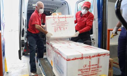 Salud comenzó la distribución en todo el país de 654.000 dosis de la vacuna Sputnik V