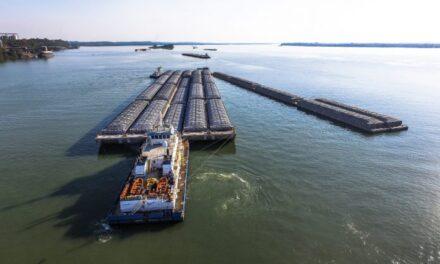 Concretan importante inversión para logística naviera en hidrovía Paraguay-Paraná