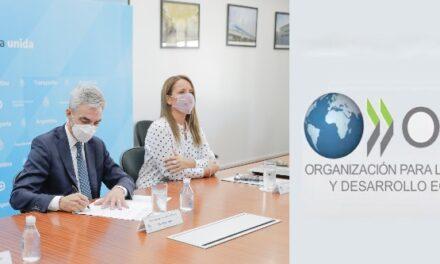 Meoni firmó acuerdo de cooperación con la OCDE para garantizar transparencia de la licitación del proyecto hidrovía Paraná- Paraguay