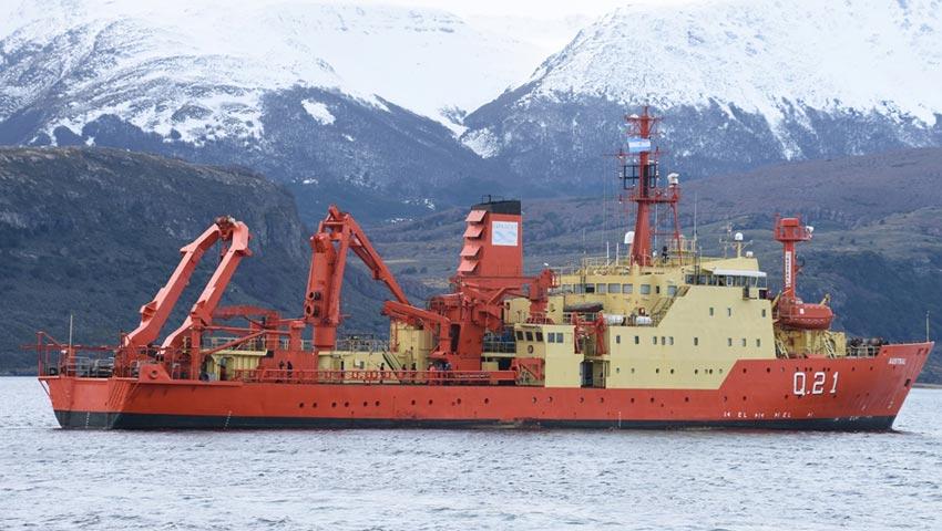 """El buque oceanográfico ARA """"Austral"""" zarpó rumbo a la Base Naval Puerto Belgrano"""
