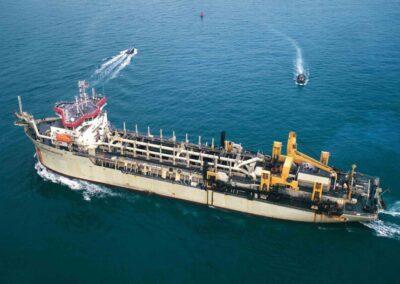 Inician importantes obras de dragado en el estuario Bahía Blanca