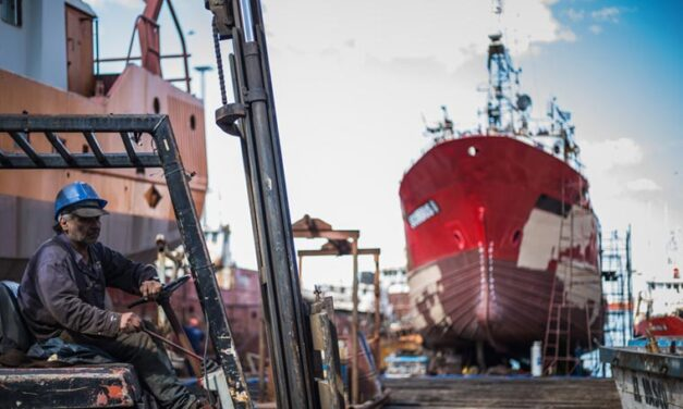 El Sindicato de Obreros Navales consensuó las paritarias con un 35% de aumento