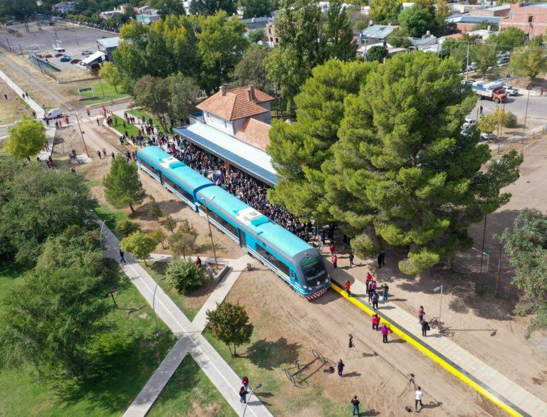Se realizó la apertura de ofertas para la construcción de los apeaderos del Tren Del Valle