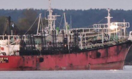 Zarpó desde Madryn el primer buque al mando de 2 mujeres