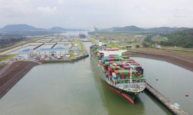 Canal de Panamá aumenta eslora permitida para las esclusas neopanamax