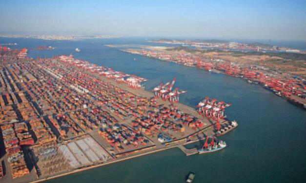 La congestión en los puertos de envío de contenedores en el sur de China empeora con las medidas anti-COVID19