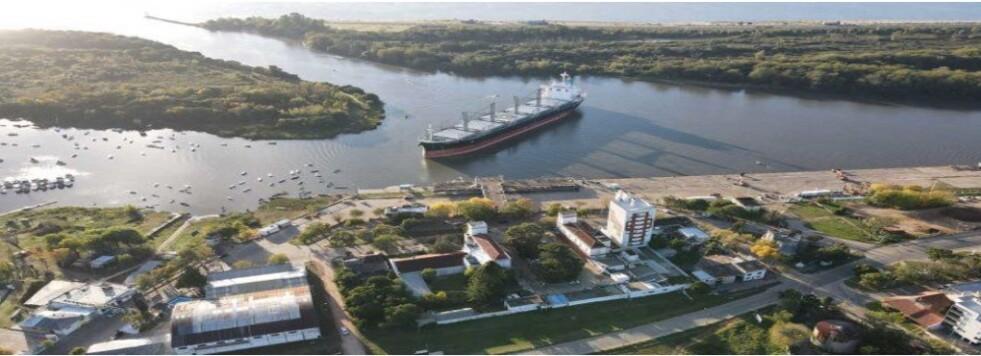 Exportación de madera desde Concepción del Uruguay hacia China