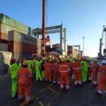 Medida de fuerza del personal embarcado y portuario pidiendo ser vacunados contra el Covid 19