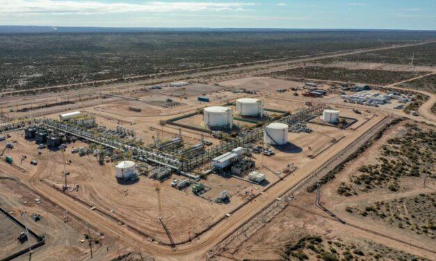 Shell puso en marcha una nueva planta de procesamiento de petróleo en Vaca Muerta
