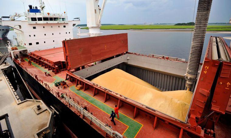 Inesperada caída del comercio exterior en el mes de mayo