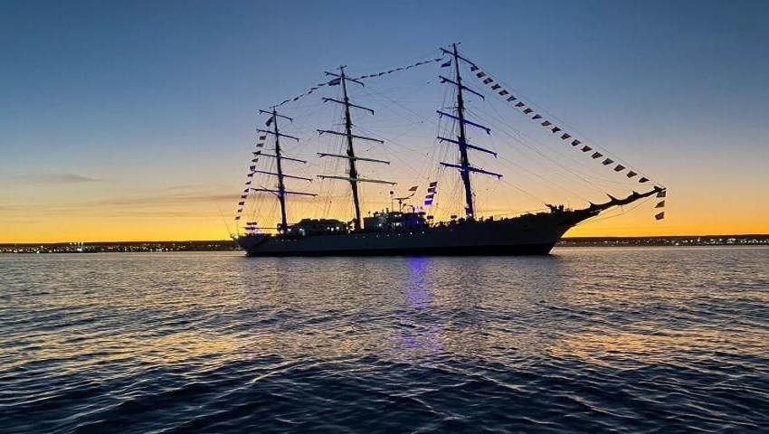 "La fragata ARA ""Libertad"" regresó al Apostadero Naval Buenos Aires"