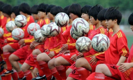 Avanzan en  la creación de una Academia Internacional de Fútbol China-Argentina