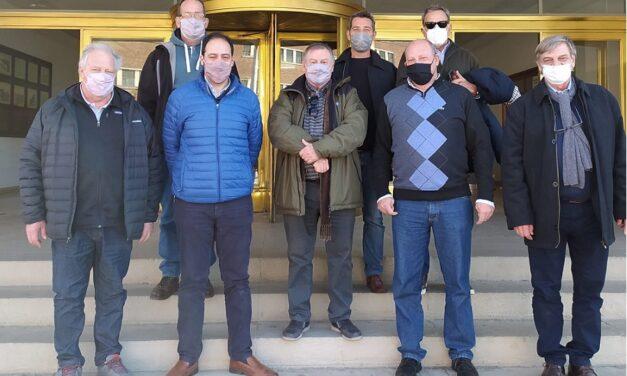 Autoridades del INIDEP visitaron el Astillero Río Santiago