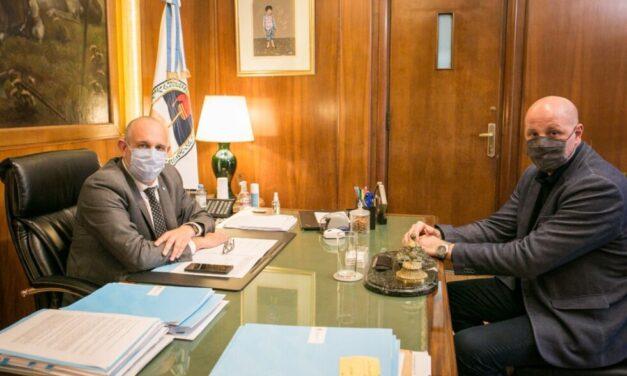 El Ministro de Transporte Alexis Guerrera recibió a Leonardo Salom para dialogar sobre el sector ferroviario y portuario