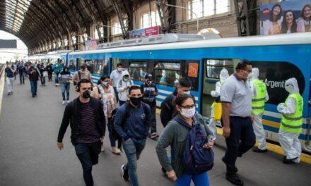 Por primera vez desde el inicio de la pandemia el transporte publico ya no es solo para esenciales