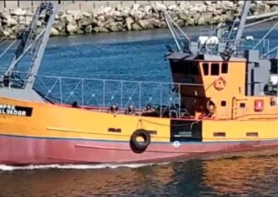 """Los ocho tripulantes rescatados del pesquero """"Siempre San Salvador"""" arribaron al puerto de Mar del Plata"""