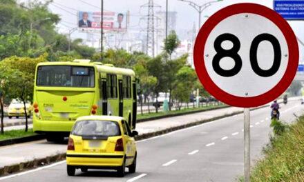 Exceso de velocidad e infracciones de choferes arriba del 50%