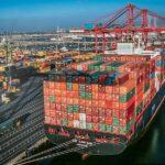 Puertos colapsados y falta de camioneros complican la logística en EE.UU.