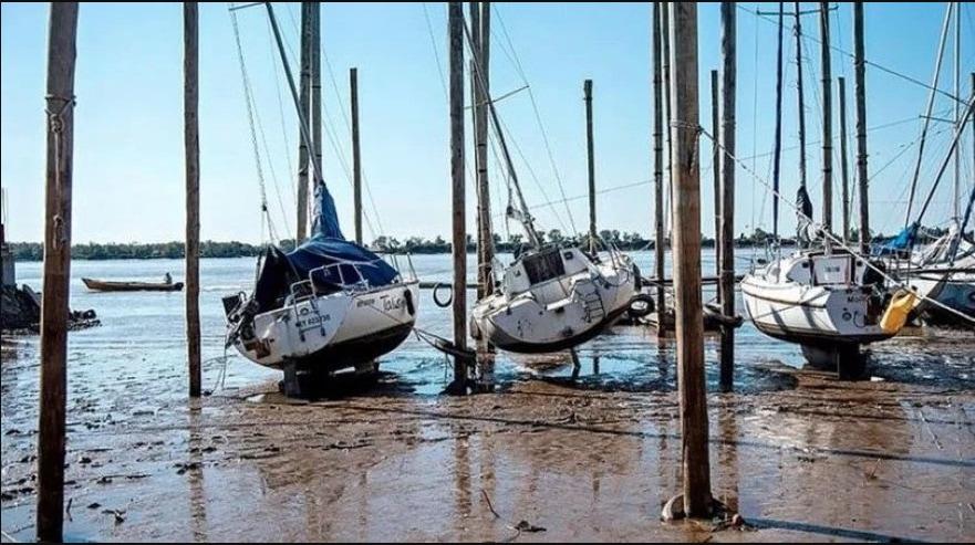 El río Paraná bajó 16 centímetros en cuatro días y se ubica debajo del cero