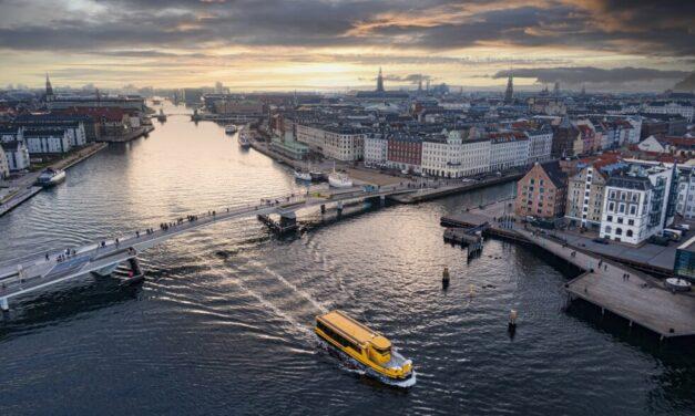 Ferry 2306 E3 totalmente eléctrico de Damen nominado por el premio 2021 KNVTS Barco del año