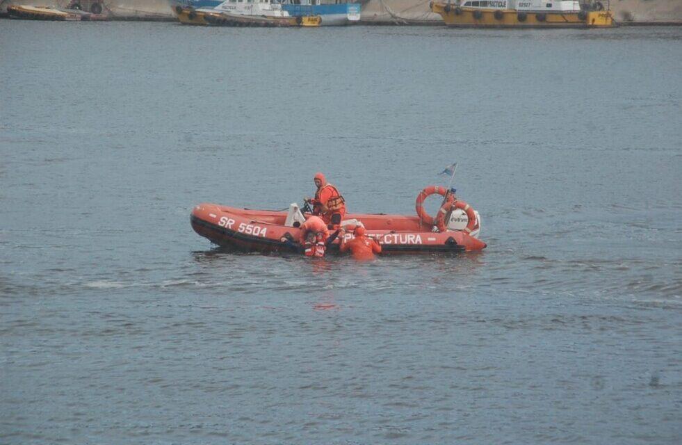 Prefectura participó en un simulacro de incendio a bordo de un buque